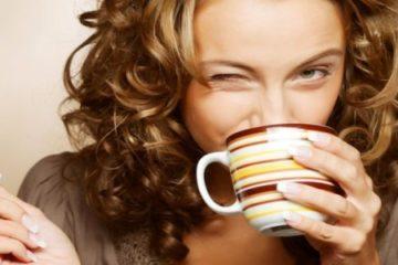 Kava ir balti dantys: kaip išvengti kavos šypsenos?